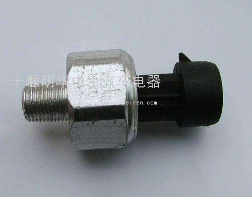 空滤阻塞传感器(天龙)  配件图号:3833010-k0300配件名称:空高清图片